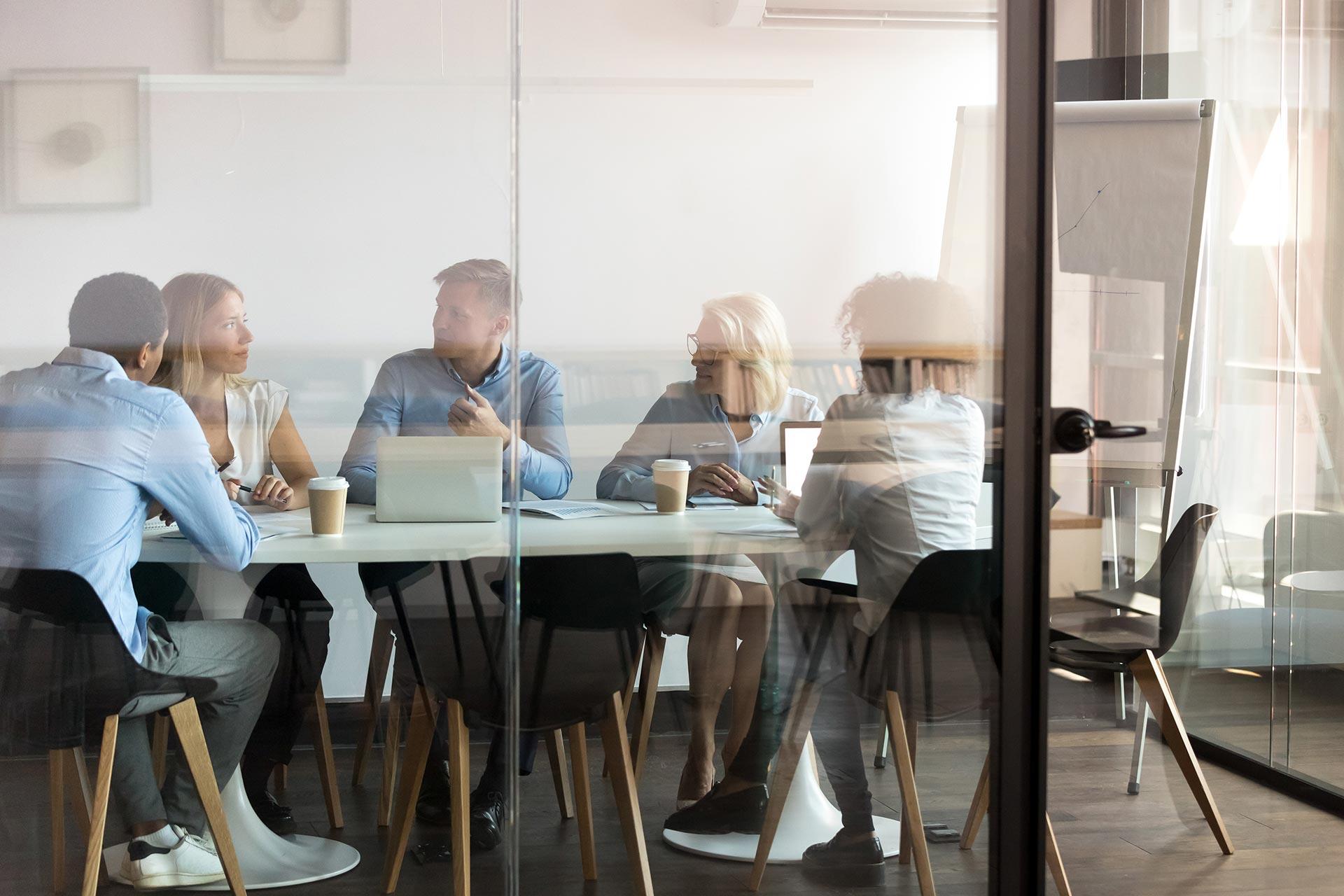 Round Table CAS genesisWorld – mit anderen Kunden diskutieren